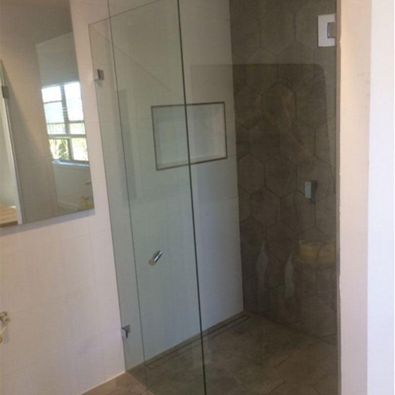 newcastle-showerscreen-standard-frameless-crl